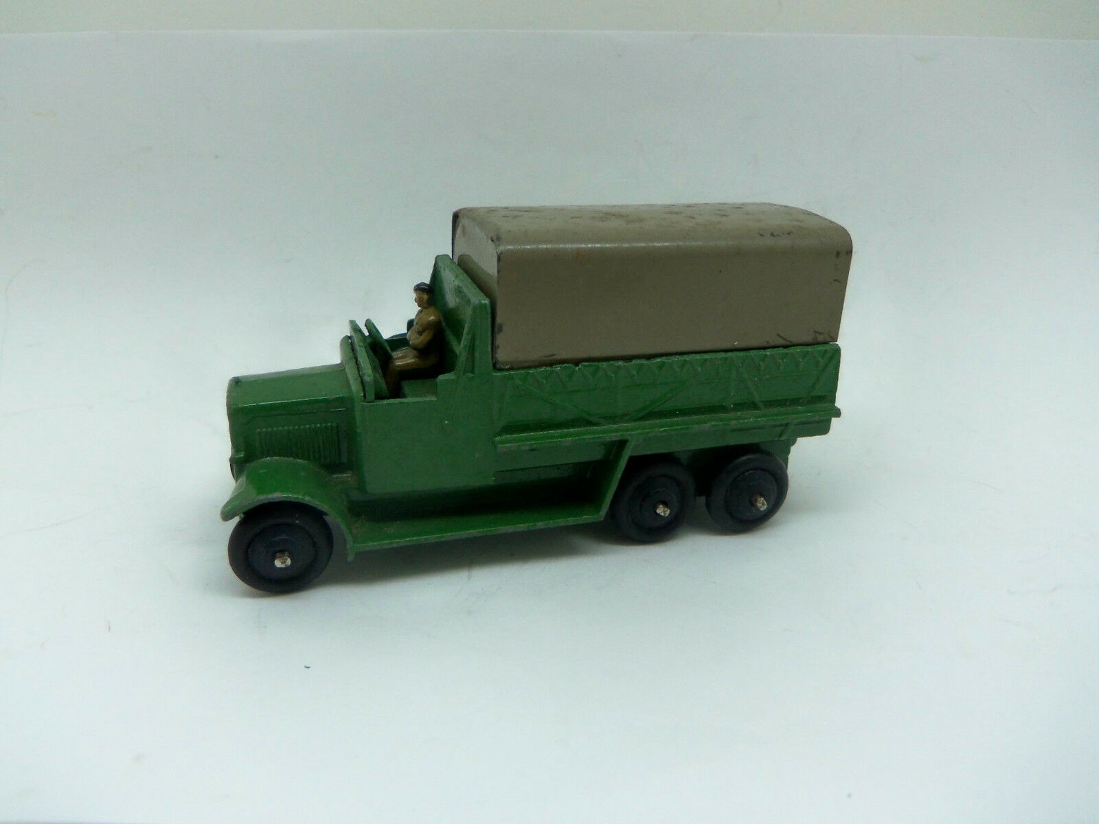 Dinky Toys 151B Army 6 Wheel Covered Wagon with Tinplate Canopy + 1 Passenger