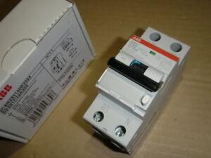 Abb Ds201a-c32/0,3 Fi/ls-commutateur 6ka, 1p+n, Type A, C 32 A, 300 Ma, 2te-afficher Le Titre D'origine Valeur Formidable