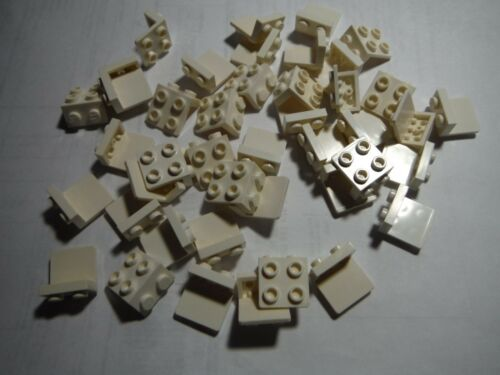 LEGO BULK LOT OF 40 WHITE 1X2-2X2 BRACKETS #44728