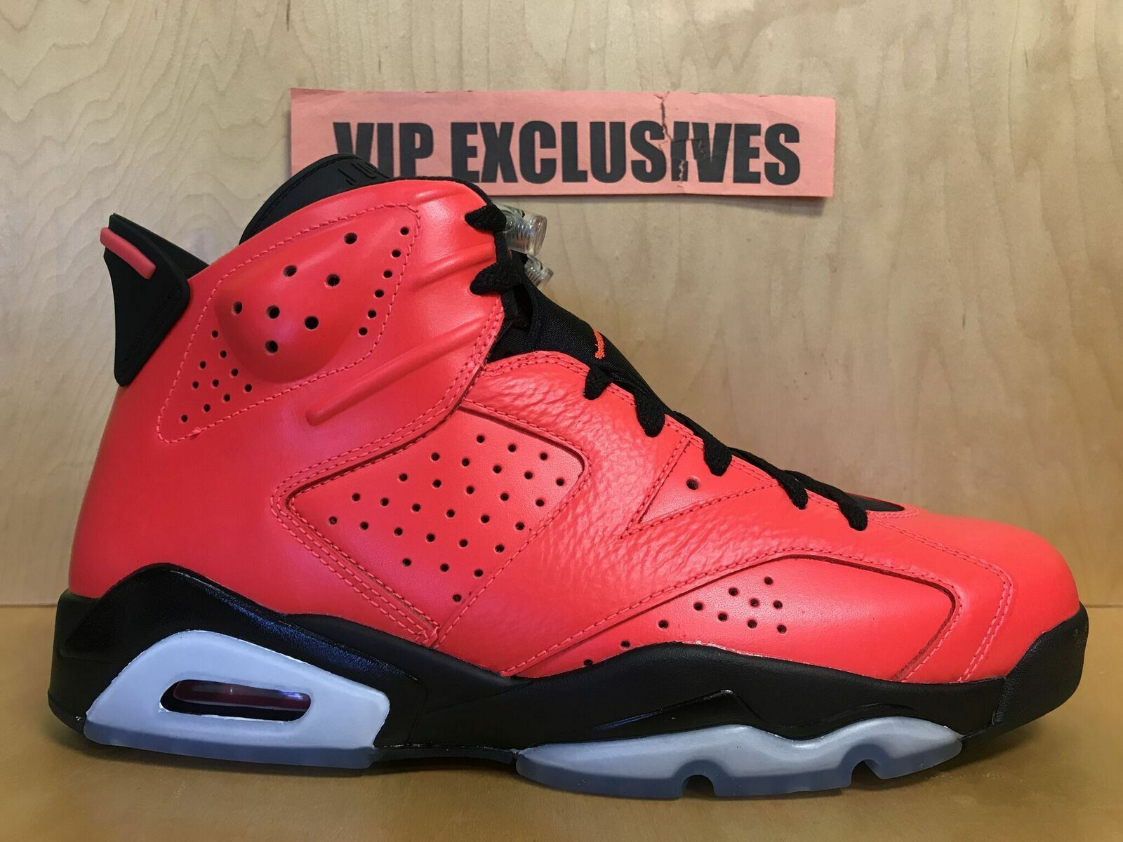 Nike Air Jordan VI Retro 6 Black Infrared 23 Tgold 384664-623 Size 10