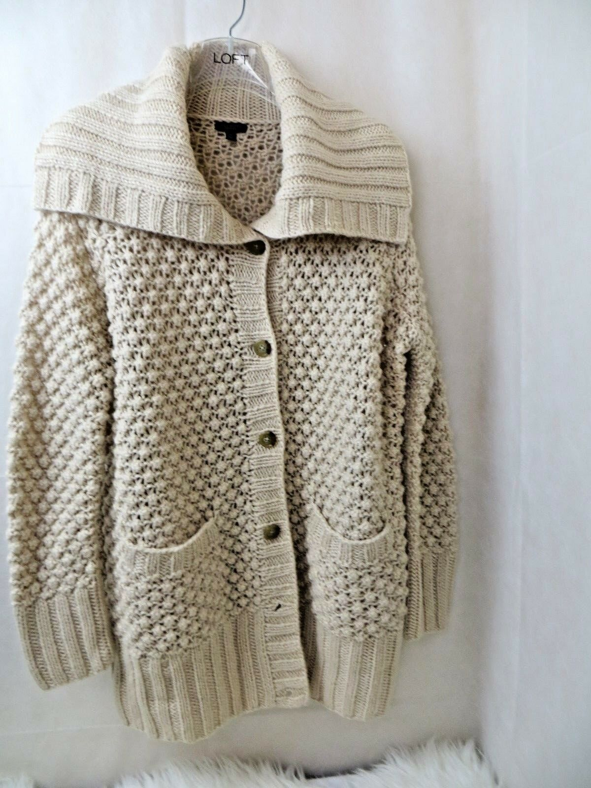 Womens tan cardigan sweater M Talbots chunky knit shawl shawl shawl collar long sleeve butto 117f07
