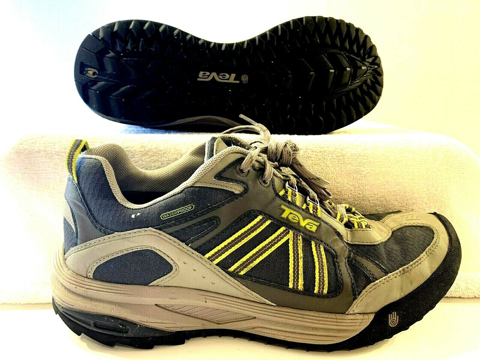 Teva Mens Charge WP Waterproof Athletic Hiking Trail Outdoor Sport shoes sz 10
