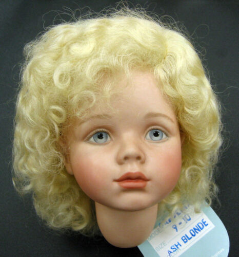 Caroline Mohair WIG Ash Blond size 9-10 curls for antique and modern DOLLS