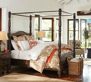 Cortona Full Solid Wood Canopy Bed Color Alfresco Brown