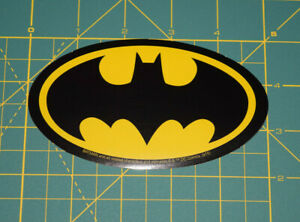 DC-Comic-Batman-Classic-Logo-Decal-Licensed-Brand-New-in-Stock
