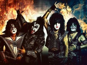 End-of-The-Road-Tour-Kiss-4x6-Photo-New-Outfit-Paul-Gene-Tommy-Eric-2019