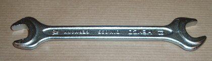KBF000060. Brand new genuine Range Rover GCAT 12mm /& 13mm tool kit spanner