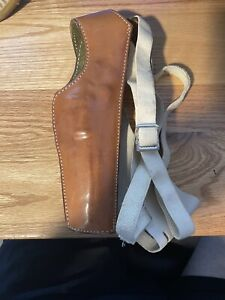 Safariland 101 leather holster and strap for revolver