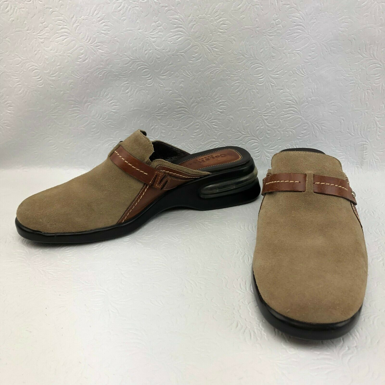 COLE HAAN COUNTRY AIR WOMENS 8 B TAN SUEDE LEATHER WEDGE CLOGS SLIDES MULES