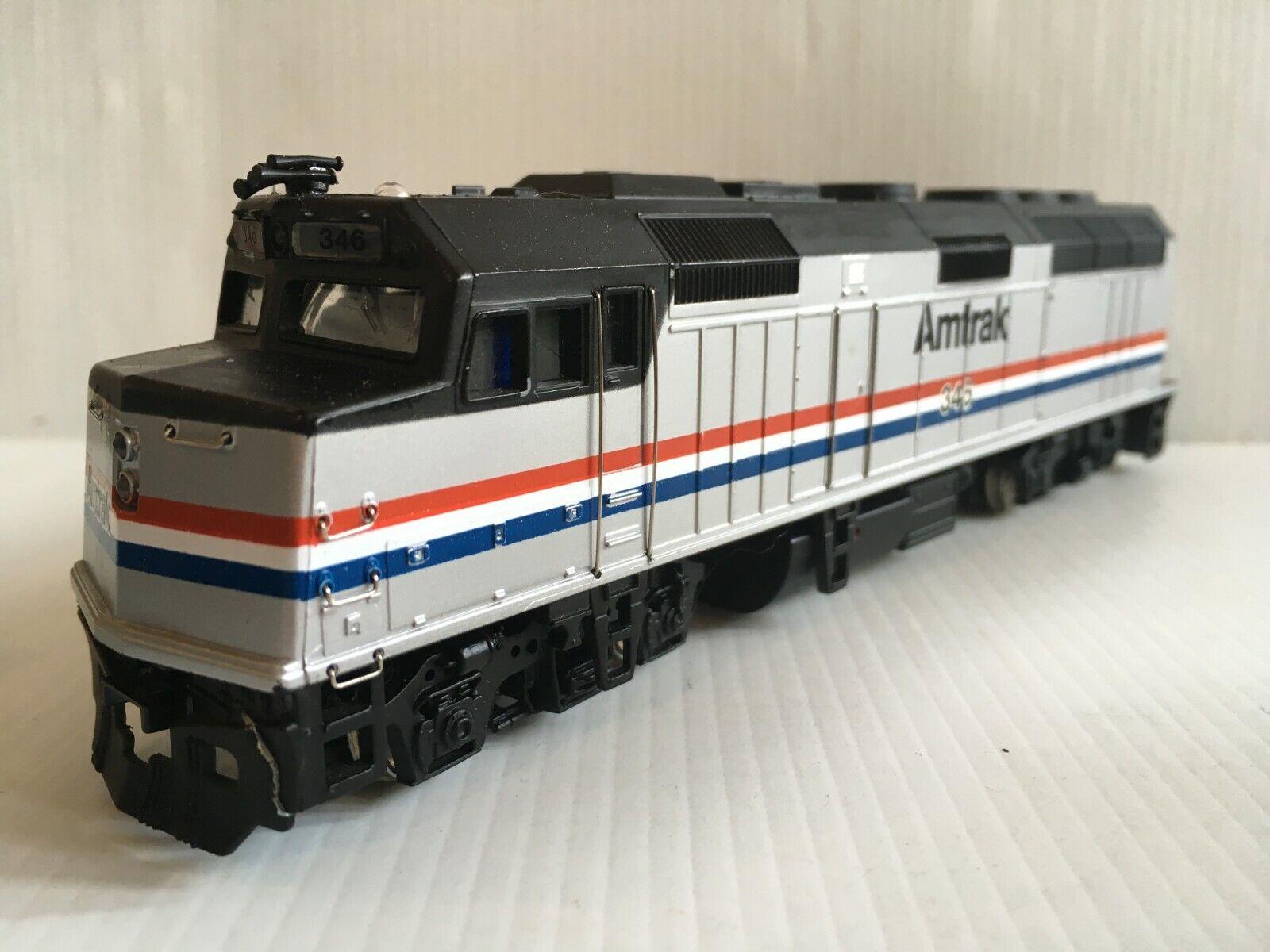 Spectrum 87006 Amtrak F40PH Diesel Loco Phase lll Good Condition scatolaed T48 Post