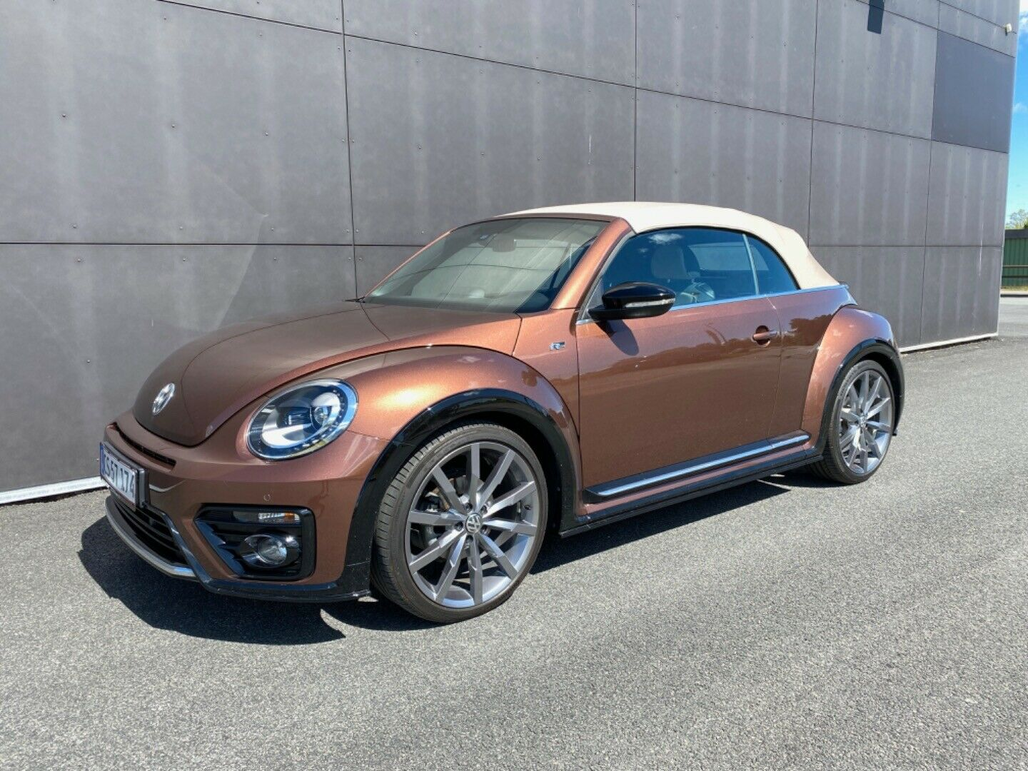 VW The Beetle 1,4 TSi 150 R-line Cabriolet DSG 2d