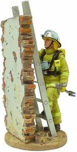 Del Prado 1/32 Figure Fireman fire dress Hobart Australia 2003 - BOM069