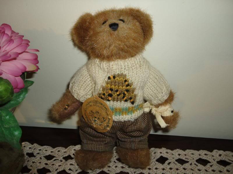 Boyds Bears Bailey & Friends EDMUND T. BEAR RetiROT Bee Sweater