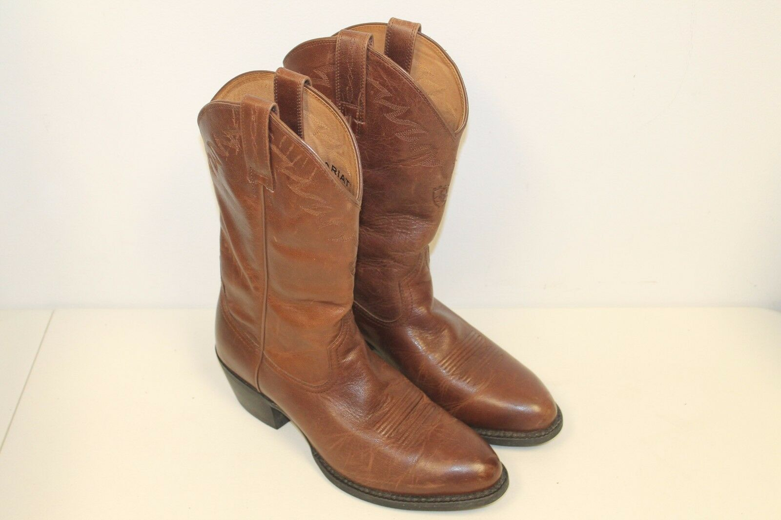 Ariat Mens Cowboy stivali Dimensione 9.5 D Marroneee Leather Style 10006306