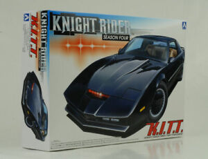 Pontiac-Transam-Knight-Rider-Season-Four-K-i-T-T-Kit-Bausatz-1-24-Aoshima-041307