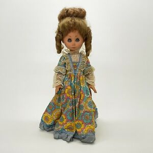 Vintage-1965-Vinyl-Doll-Made-In-Italy-Big-Hair-Sleep-Eyes-Cloth-Flower-Dress-17-034