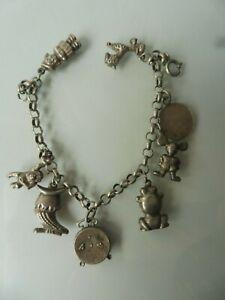 Schones-altes-Armband-Silber-Bettelarmband-mit-8-schonen-Anhanger-Charms