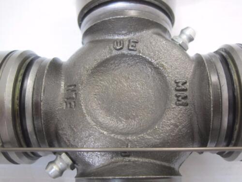 12364 Rockwell R 674X Genuine RN Series U Universal Joint 1610 Half Round