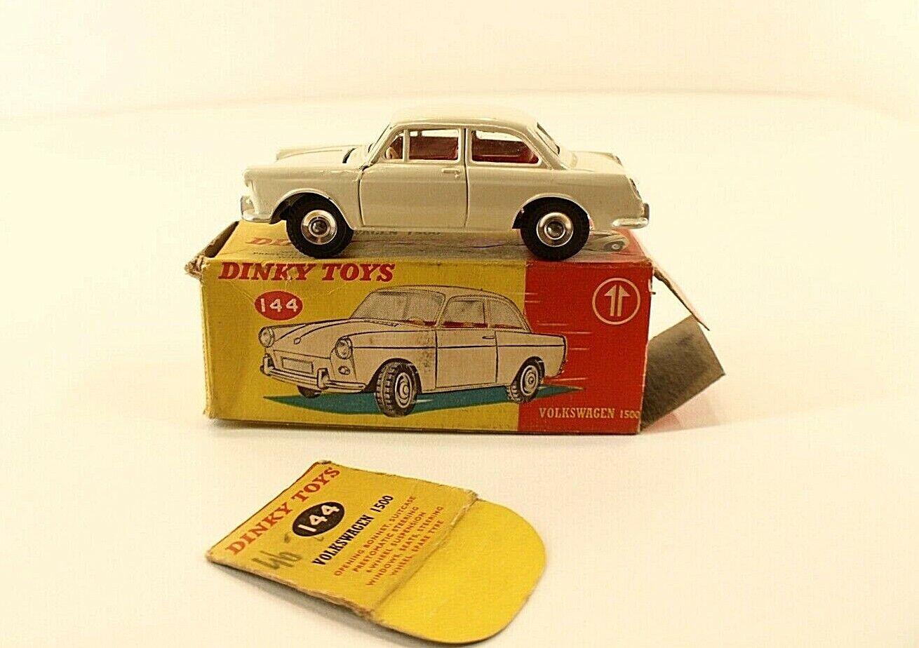 Dinky Spielzeugs GB n° 144 Volkswagen 1500 jamais joué en boîte