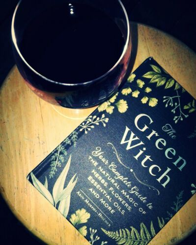 The Green Witch : Your Complete Guide to the Natural Magic of Herbs,  Flowers, Essential Oils, and More by Adams Media and Arin Murphy-Hiscock  (2017,