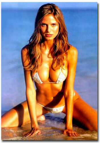 "Melania Trump bathing suit Refrigerator Magnets Size 2.5/"" x 3.5/"""