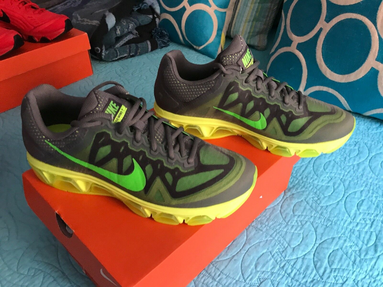 Nike mens shoes - Airmax - Yellow and Neon green - New in box - Authentic