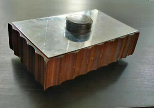 Rare-grande-boite-Art-Deco-ebene-de-Macassar-a-la-Marquise-de-Sevigne-metal