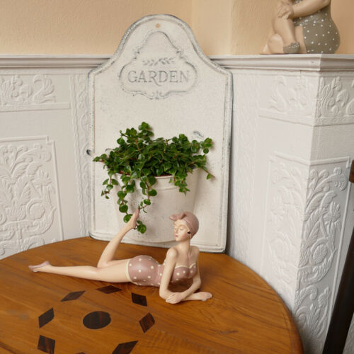 liegende Dekofigur Frau Badenixe Badende Statue Skulptur Pin Up Figur retro 35cm