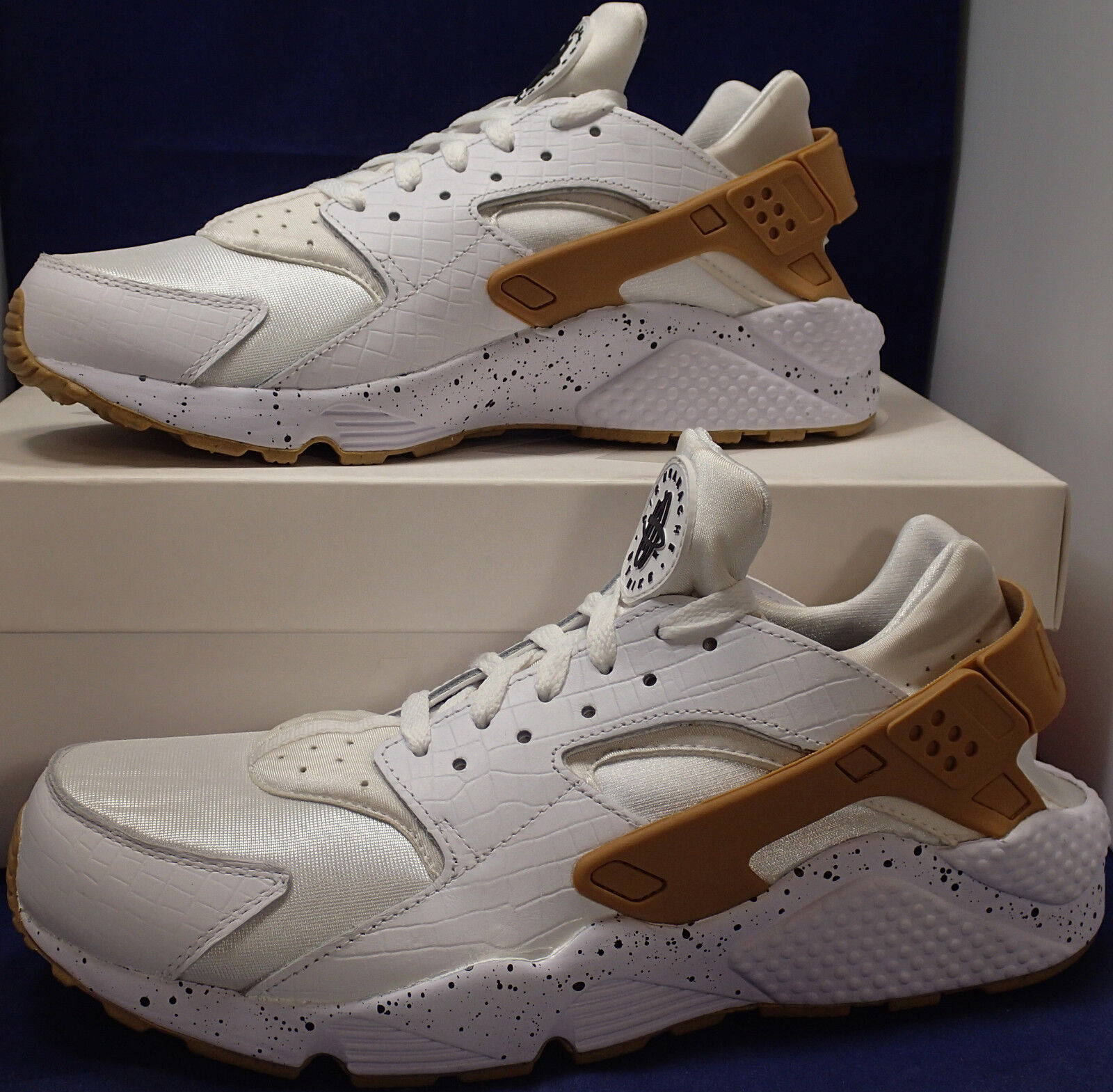 Womens Nike Air Huarache Run iD Croc White SZ 12 /// Mens SZ 10.5 ( 777331-997 )