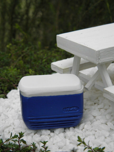 Miniature Dollhouse FAIRY GARDEN Accessories ~ Blue Igloo Cooler Ice Chest ~ NEW