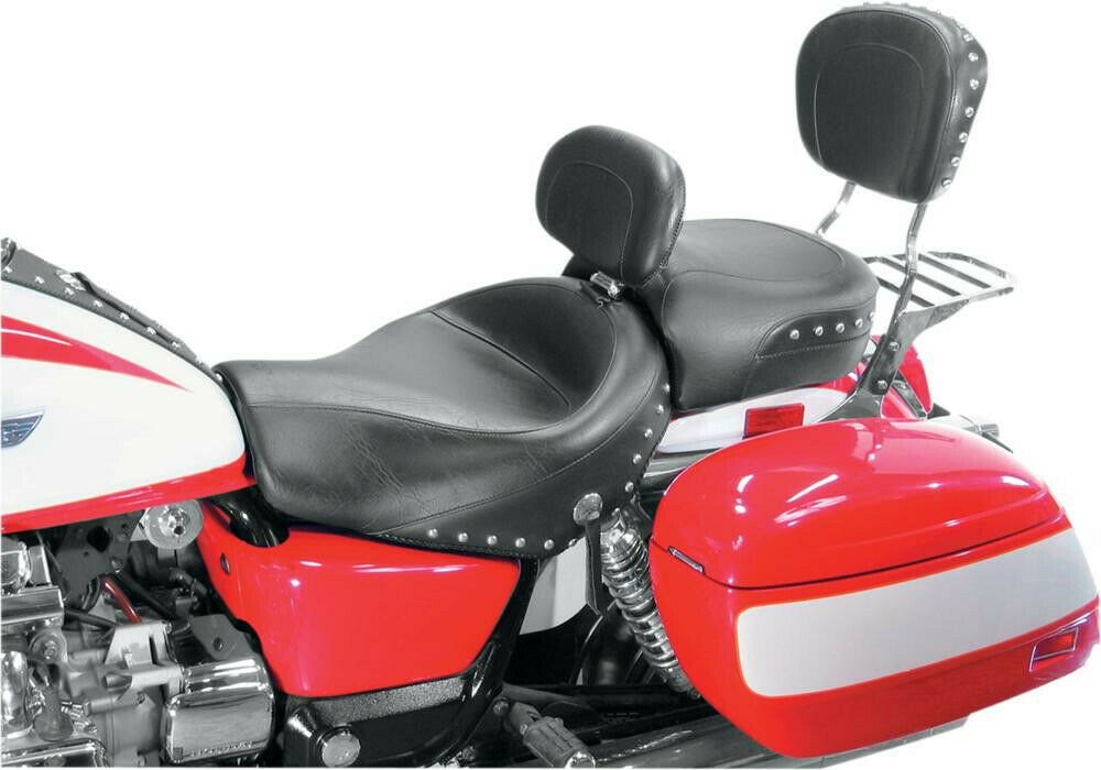 Seat wide touring 2-up with driver backrest studded conchos - HONDA GL...