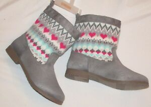 7d770f25ed0f NEW Gymboree Girls Boots Winter Pull on Booties Fair Isle Gray Pink ...