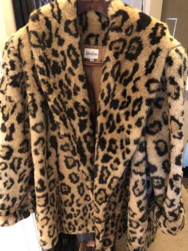 Neiman Marcus Faux Fur leopard Print Coat