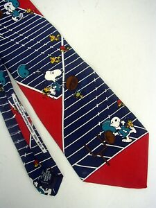 Peanuts-Snoopie-100-Silk-Neck-Tie-by-United-Feature-Syndicate-Inc