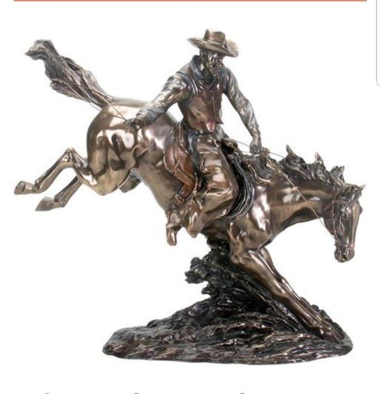 COWBOY JUMPING HORSE ACROSS PRAIRIE PRAIRIE PRAIRIE LARGE STATUE 19L b32920