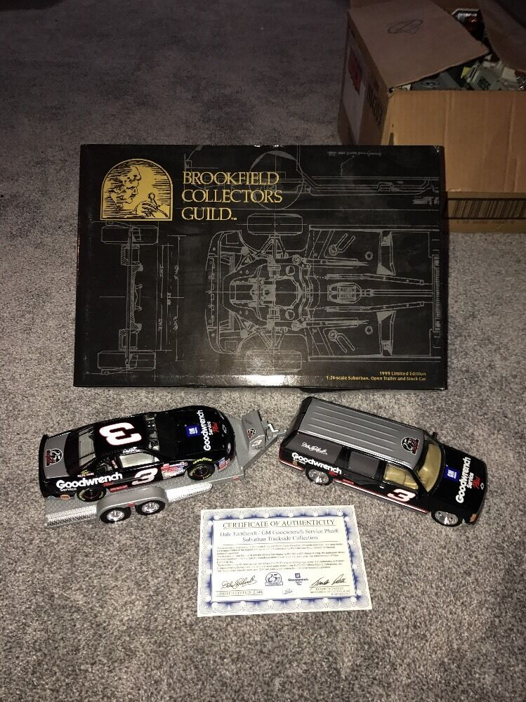 1999 Dale Earnhardt 25th Anniversary Goodwrench Suburban, Open Trailer And Car