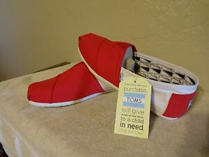 NEW TOMS Classics  RED & WHITE,Men Size 101/2, Free Shipping.