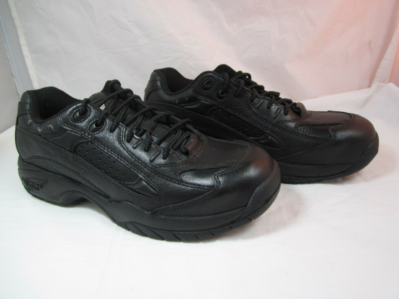 Mens Red Wing Steel Toe, Oil & Slip Resistant Black shoes Size 10B 1.5  Heel