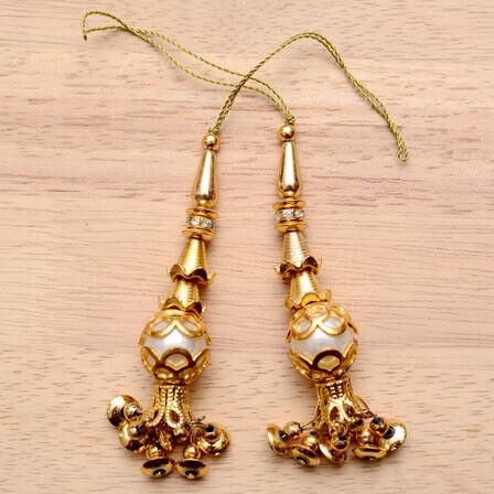 Golden Decorative Tassle with White Pearls for Leenga Wedding Saree