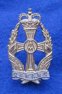 Queen-Alexadfria-039-s-Royal-Army-Nursing-Corps-Officers-Cap-Badge-Queens-Crown
