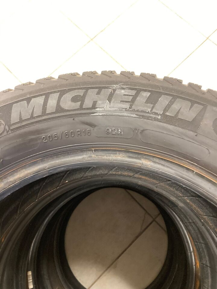 Vinterdæk, Michelin, 205 / 60 / R16