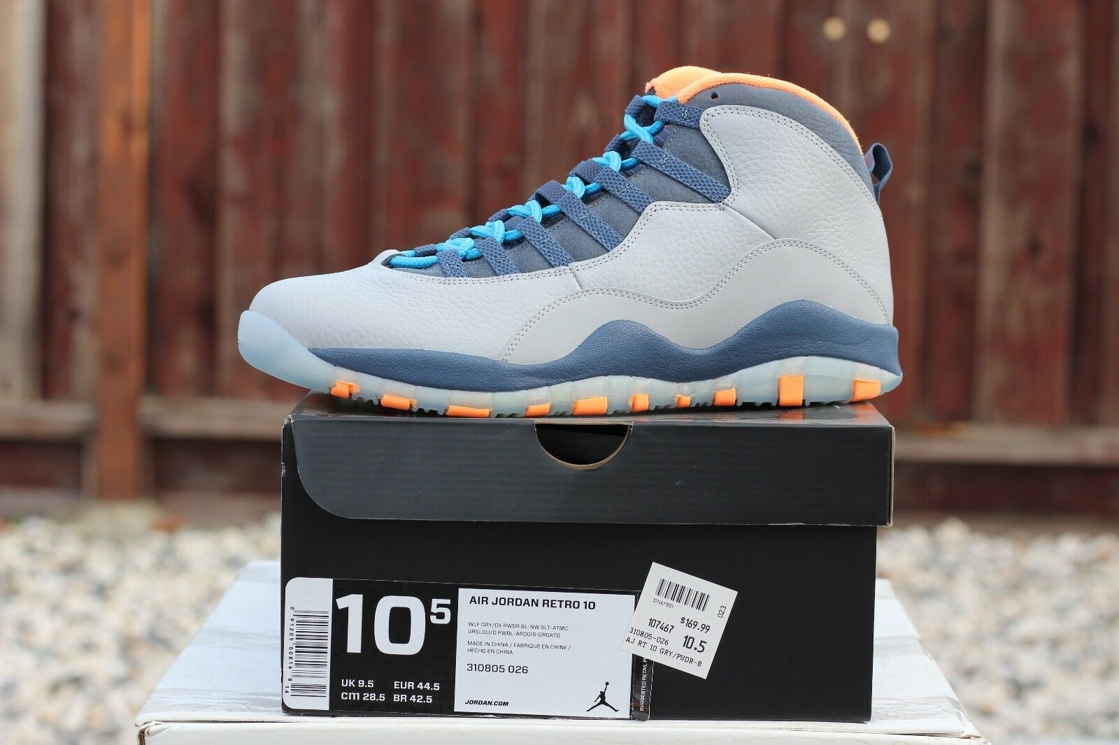 AIR JORDAN RETRO 10 X BOBCATS WOLF GREY/POWDER BLUE U.S. Size 10.5 (310805-026)