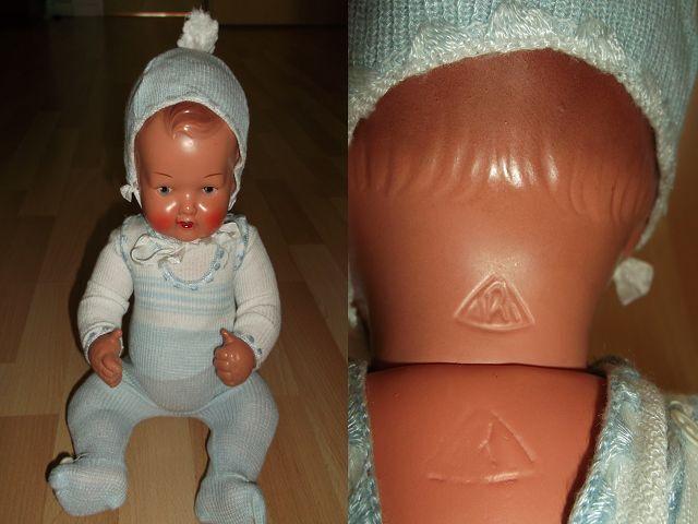 Sehr alte Puppe mit Markung