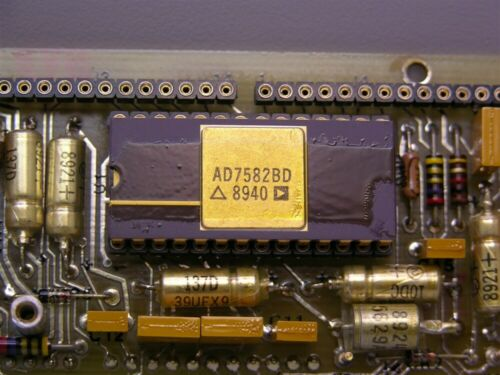 Mil-Spec Analog Devices AD7582BD Mil-Spec CMOS 12Bit Successive Aprox A//D IC