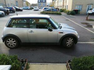 2003-MINI-HATCHBACK-1-6-Cooper-3dr-HATCHBACK-Petrol-Manual