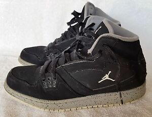 more photos aa973 5e76f Image is loading NIKE-AIR-JORDAN-FLIGHT-Boys-Black-Basketball-Shoes-