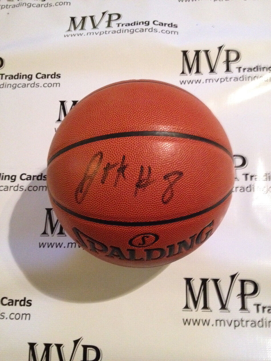 Jahlil Okafor Authentic ROOKIE AUTOGRAPHE Spalding Basketball new orleans pelican