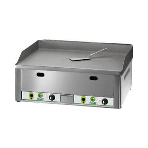 Fry-top-professional-suave-con-el-gas-desde-el-banquillo-cm-66x60x30-RS1150