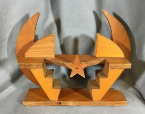 VTG-WOODEN-CRESCENT-WALL-SHELF-MOON-MINIATURE-DISPLAY-STAIRS-STAR-CURIO-OOAK