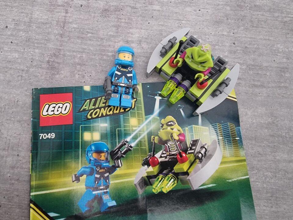 Lego Alien conquest, Lego 7049
